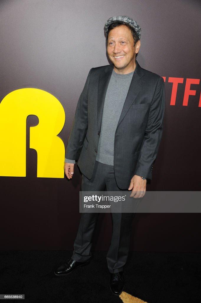 "Premiere Of Netflix's  ""Sandy Wexler"" - Arrivals : News Photo"