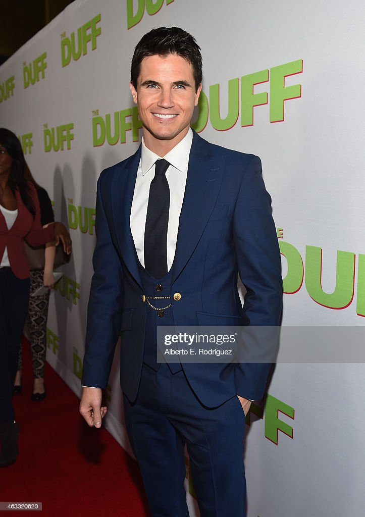 "Fan Screening Of CBS Films' ""The Duff"" - Red Carpet"