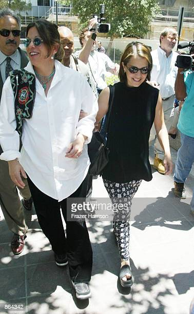 Actor Robert Blake's daughter Delinah and niece Noreen Austin arrive for a hearing in the case of actor Robert Blake on June 27 2002 in Van Nuys...