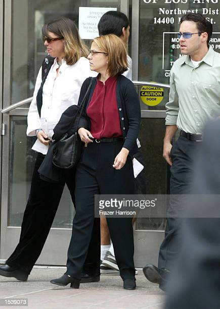 Actor Robert Blake's niece Noreen Austin daughter Delinah and son Noah exit the Van Nuys Superior Court for Blake's preliminary hearing May 1 2002 in...