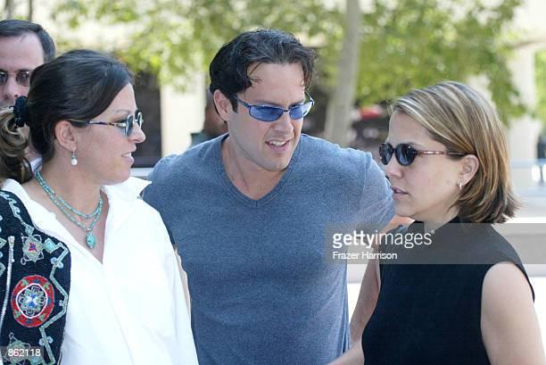 Actor Robert Blake's niece Noreen Austin son Noah and daughter Delinah arrive for a hearing in the case of actor Robert Blake on June 27 2002 in Van...