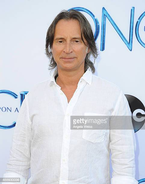 """Actor Robert Carlyle attends ABC's """"Once Upon A Time"""" Season 4 red carpet premiere at the El Capitan Theatre on September 21, 2014 in Hollywood,..."""