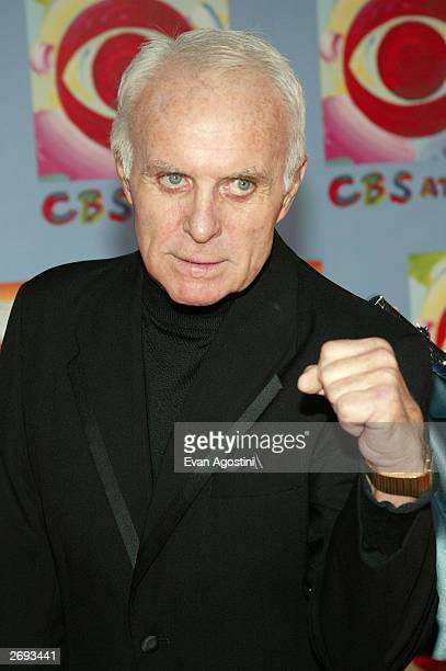 Actor Robert Conrad attends CBS at 75 television gala at the Hammerstein Ballroom November 02 2003 in New York City