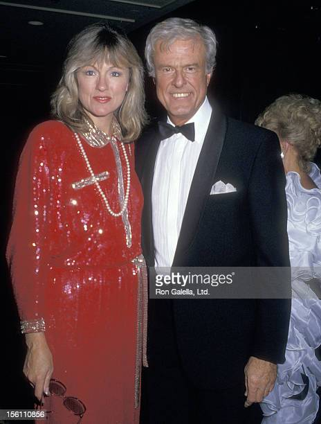 Actor Robert Culp and Candace Faulkner attend the 32nd Annual Thalians Ball Honoring Fred MacMurray on October 17, 1987 at Century Plaza Hotel in Los...