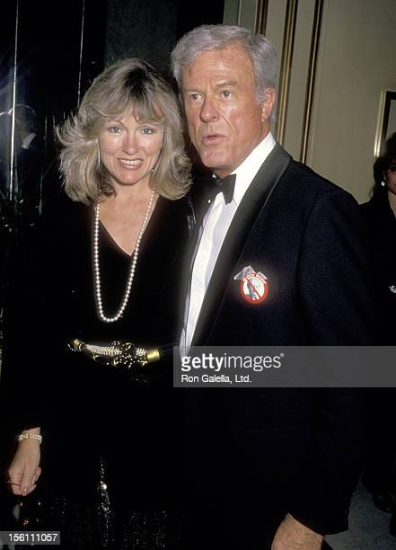 Actor Robert Culp and Candace Faulkner attend the 'American Civil Liberties Union Gala Honoring Michael Douglas' on September 17, 1987 at Beverly...