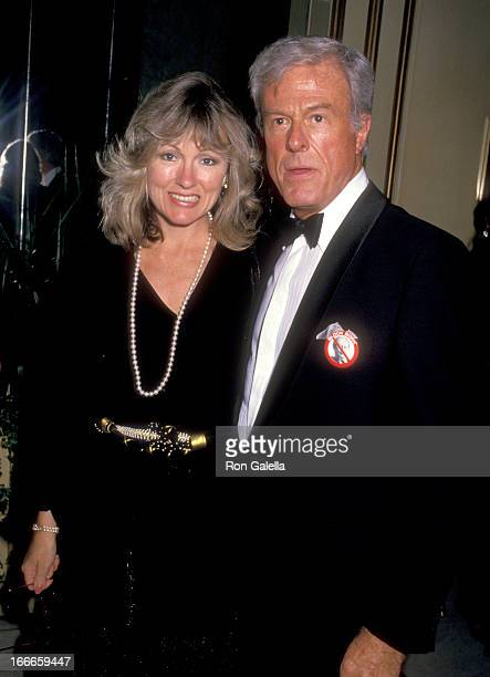 Actor Robert Culp and Candace Faulkner attend the American Civil Liberties Union Gala Honoring Michael Douglas on September 17 1987 at Beverly...