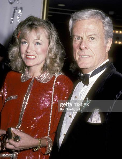 "Actor Robert Culp and Candace Faulkner attend the ""Simon Weisenthal Dinner"" on November 10, 1985 at Century Plaza Hotel in Los Angeles, California."