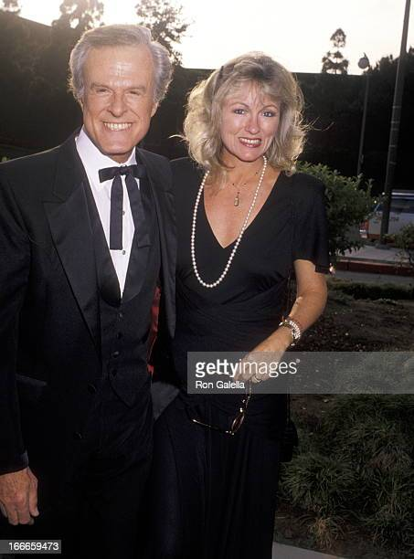 Actor Robert Culp and Candace Faulkner attend the Variety Club International Dinner Honoring Mike Frankovich on May 29 1990 at Century Plaza Hotel in...
