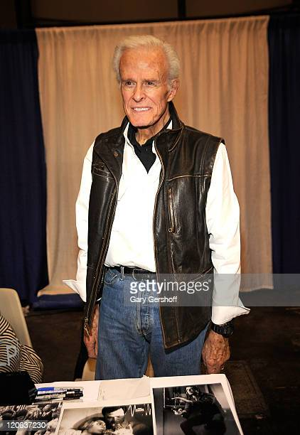 Actor Robert Culp attends the 2009 New York Comic Con at the Jacob Javits Center on February 7 2009 in New York City