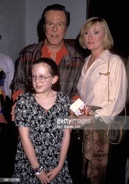 Actor Robert Culp, Candace Faulkner, and daughter Samantha Culp attend the 'Westin Brisas Resort Ixtapa Celebrity Sports Invitational' on January 16,...