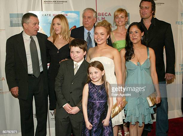 Actor Robert De Niro, Kate Hudson, director Garry Marshall, actress Amber Valetta, actor John Corbett, actors Spencer Breslin, Hayden Panettiere,...