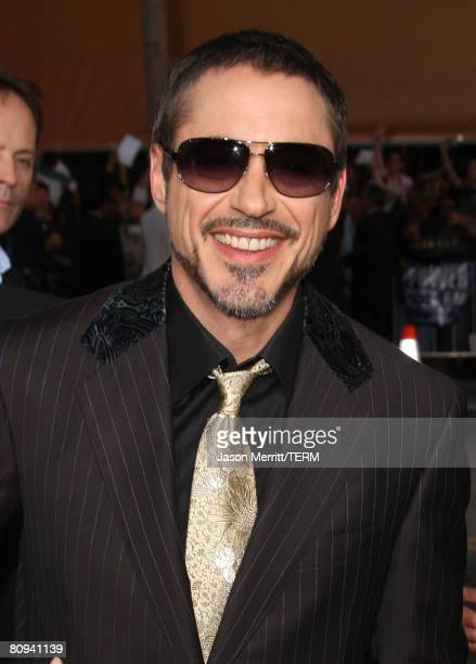 Actor Robert Downey Jr. Arrives at the premiere of Paramount's 'Iron Man' held at Grauman's Chinese Theatre on May 30, 2008 in Hollywood, California.?