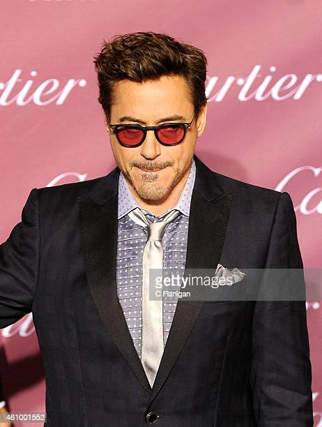 Actor Robert Downey Jr attends the 26th Annual Palm Springs International Film Festival Awards Gala at Palm Springs Convention Center on January 3...