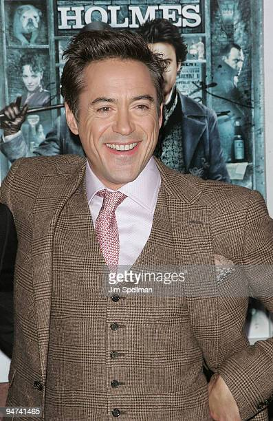 "Actor Robert Downey Jr. Attends the New York premiere of ""Sherlock Holmes"" at the Alice Tully Hall, Lincoln Center on December 17, 2009 in New York..."