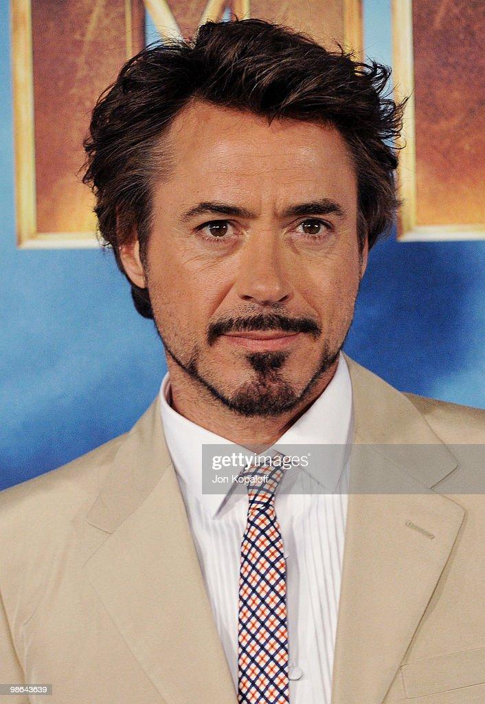 Robert Downey Jr. photo gallery - high quality pics of