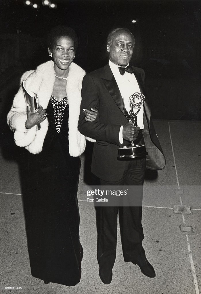 Actor Robert Guillaume and wife Donna Brown attend 37th Annual Primetime Emmy Awards on September 22, 1985 at the Pasadena Civic Auditorium in Pasadena, California.