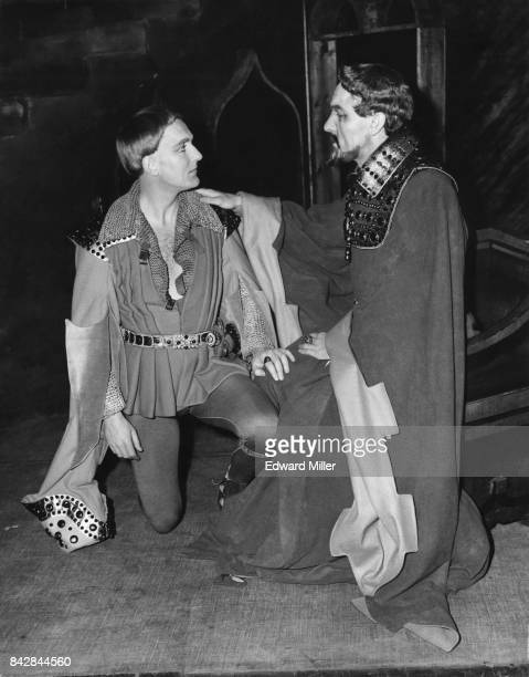 Actor Robert Hardy as Prince Hal and Eric Porter as King Henry IV during rehearsals for Shakespeare's 'Henry IV Part 1' at the Old Vic in London 26th...