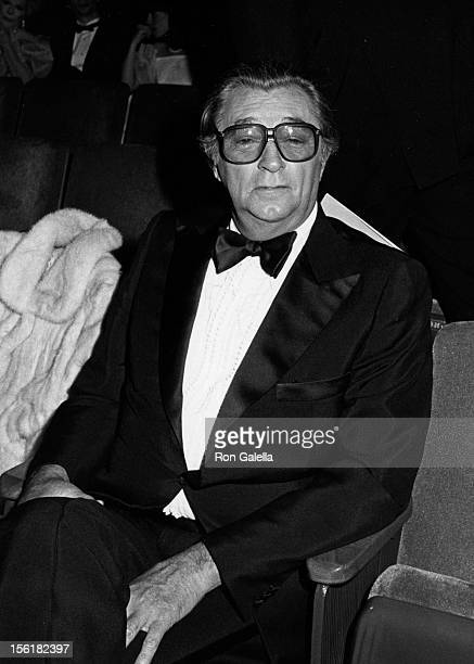 Actor Robert Mitchum attends 55th Annual Academy Awards on April 11 1983 at the Dorothy Chandler Pavilion in Los Angeles California