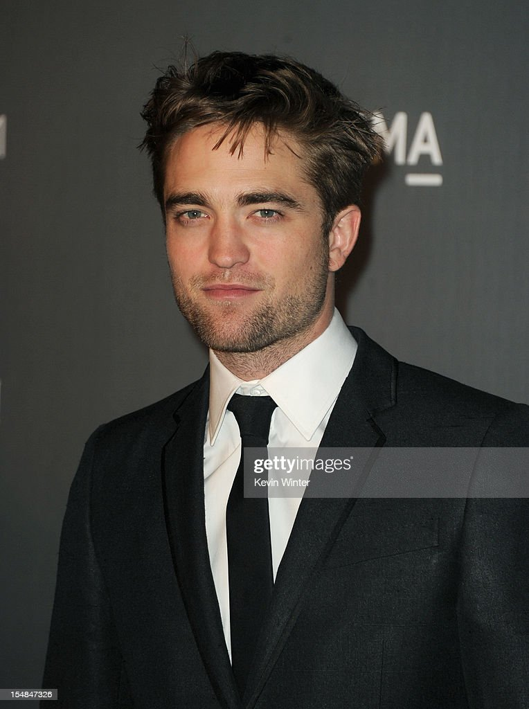 Actor Robert Pattinson arrives at LACMA 2012 Art + Film Gala at LACMA on October 27, 2012 in Los Angeles, California.