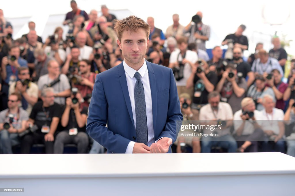 Actor Robert Pattinson attends the 'Good Time' photocall during the 70th annual Cannes Film Festival at Palais des Festivals on May 25, 2017 in Cannes, France.