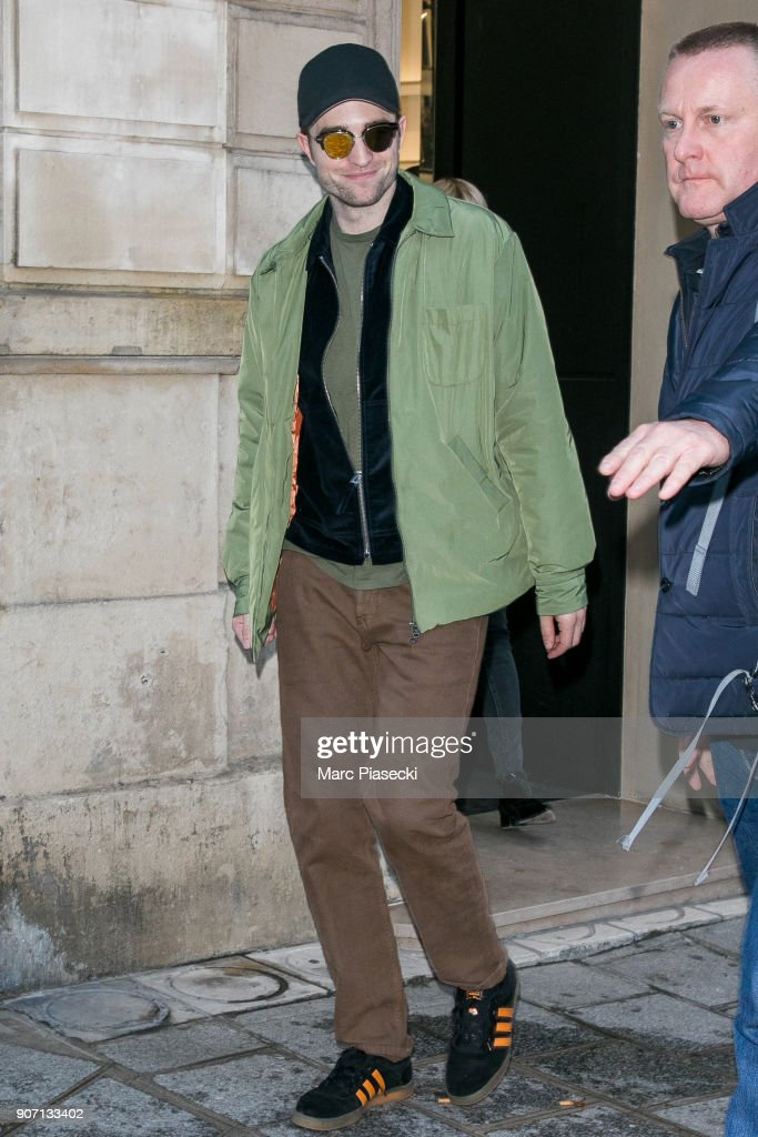 Robert Pattinson Sighting in Paris-  January 19