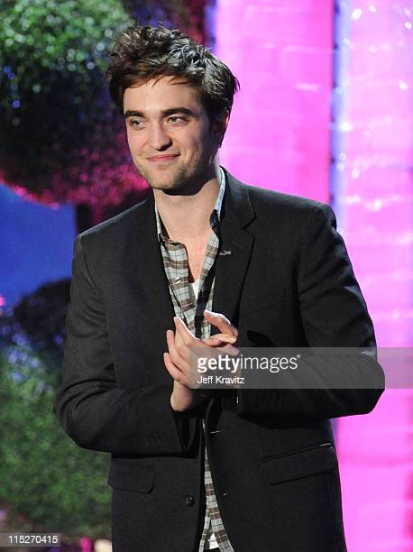 Actor Robert Pattinson speaks onstage during the 2011 MTV Movie Awards at Universal Studios' Gibson Amphitheatre on June 5 2011 in Universal City...