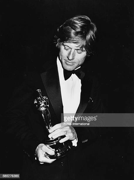 Actor Robert Redford holding his Best Actor Oscar for the film 'Ordinary People' at the 53rd Academy Awards, Los Angeles, March 31st 1981.