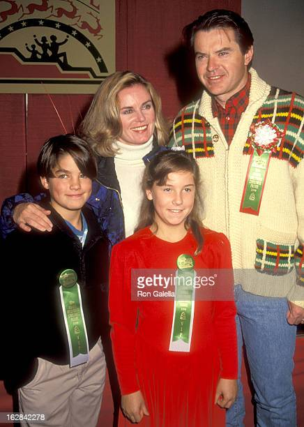 Actor Robert Urich, wife Heather Menzies, son Ryan Urich and daughter Emily Urich attend the 59th Annual Hollywood Christmas Parade on November 25,...