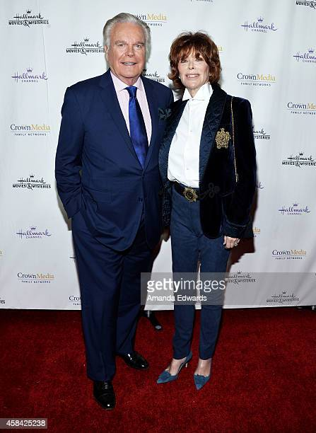 """Actor Robert Wagner and actress Jill St. John arrive at the Hallmark Channel's Holiday Christmas world premiere screening of """"Northpole"""" at La Piazza..."""
