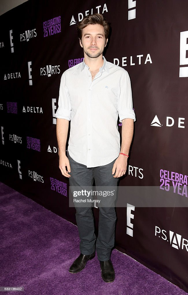Actor Roberto Aguire attends the pARTy! - celebrating 25 years of P.S. ARTS on May 20, 2016 in Los Angeles, California.