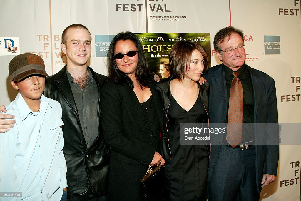 Actor Robin Williams (R) and family pose at the screening of 'House Of D' during the 2004 Tribeca Film Festival May 7, 2004 in New York City.
