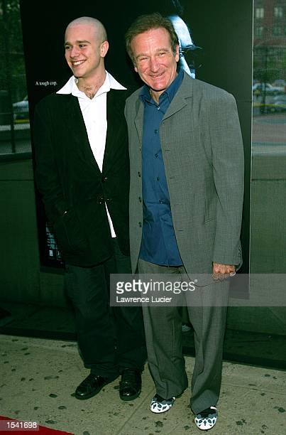 Actor Robin Williams and his son Zachary arrive at the premiere of Insomnia May 11 2002 in New York City The premiere was held as part of the Tribeca...