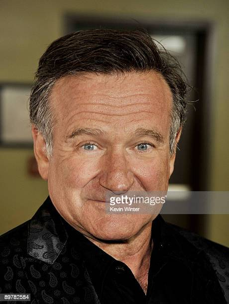 """Actor Robin Williams arrives at the premiere of Magnolia Pictures' """"World's Greatest Dad"""" at The Landmark Theater on August 13, 2009 in Los Angeles,..."""