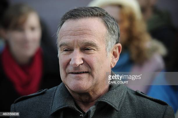"""Actor Robin Williams arrives for the European premiere of """"Happy Feet Two"""" in central London on November 20, 2011. AFP PHOTO/CARL COURT"""