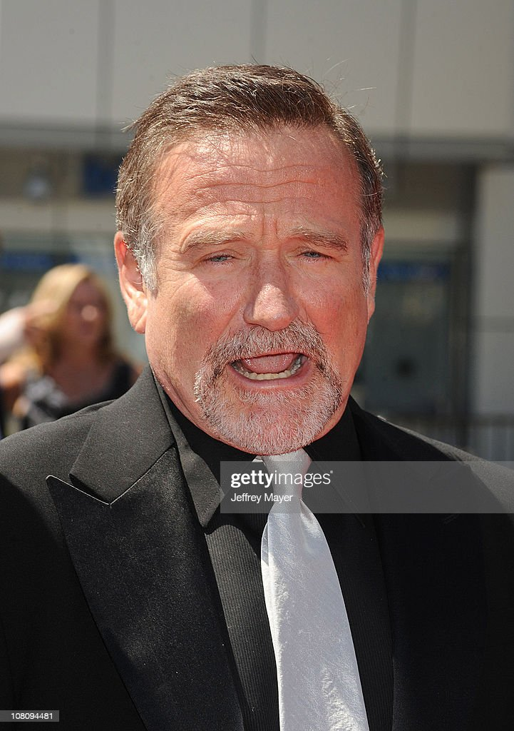 Actor Robin Williams arrives to the 2010 Creative Arts Emmy Awards at Nokia Plaza L.A. LIVE on August 21, 2010 in Los Angeles, California.