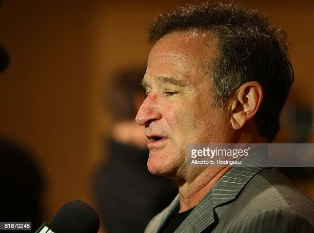 Actor Robin Williams attends the Campaign for a New GI Bill hosted by the Student Veterans of America at the Beverliy Hilton hotel on June 22, 2008...
