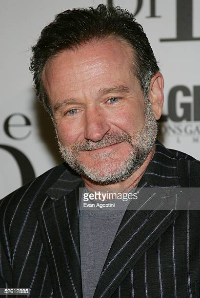"""Actor Robin Williams attends the """"House Of D"""" film premiere at Loews Lincoln Square Theater April 10, 2005 in New York City."""