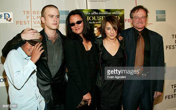Actor Robin Williams poses with sons Cody and Zack wife Marsha and daughter Zelda at the screening of 'House Of D' during the 2004 Tribeca Film...