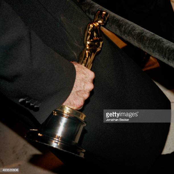 Actor Robin Williams's Oscar is photographed for Vanity Fair Magazine attending the Vanity Fair Academy Awards party on March 23, 1998 in Los...