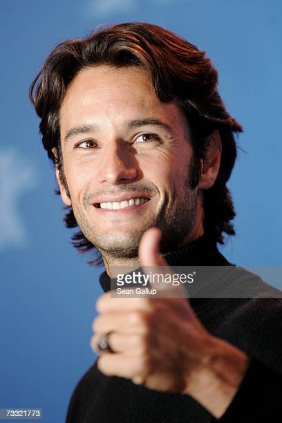 Actor Rodrigo Santoro attends a photocall to promote the movie '300' during the 57th Berlin International Film Festival on February 14 2007 in Berlin...