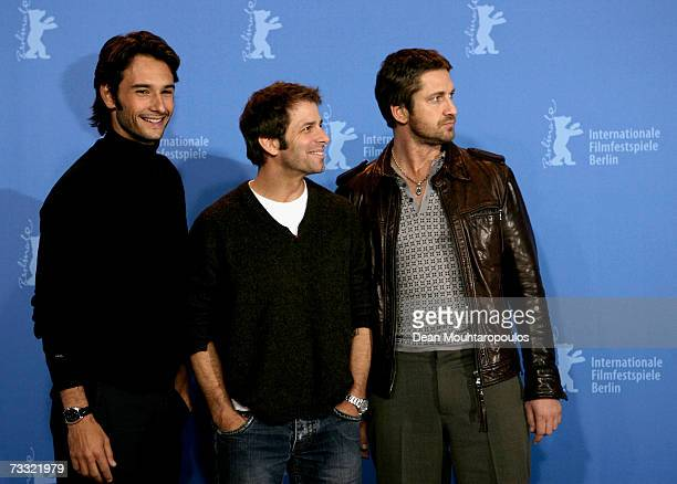 Actor Rodrigo Santoro director Zack Snyder and actor Gerard Butler attend a photocall to promote the movie '300' during the 57th Berlin International...