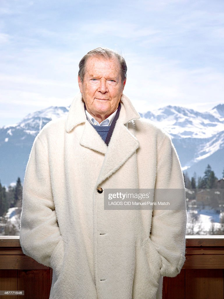 Roger Moore, Paris Match Issue 3436, April 1, 2015