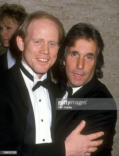 Actor Ron Howard and Actor Henry Winkler attend the Fifth Annual American Cinematheque Award Honoring Ron Howard on March 23 1990 at Century Plaza...