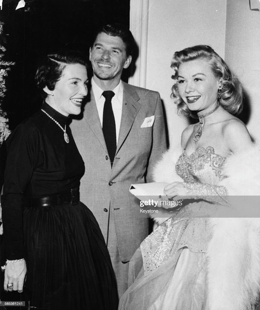 Ronald And Nancy Reagan With Vera Ellen : News Photo