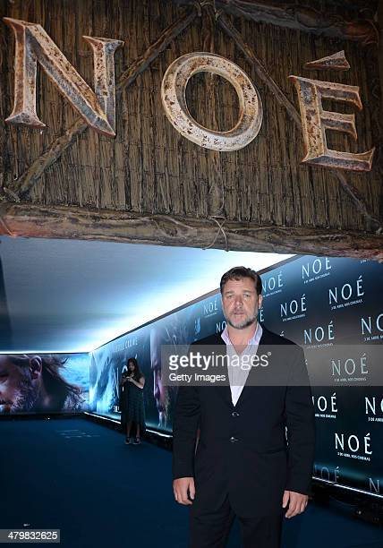 Actor Russell Crowe attends the Premiere of 'NOAH' at the Cinepolis Lagoon Theatre on March 20 2014 in Rio de Janeiro Brazil