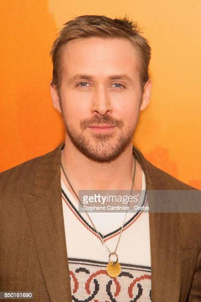 """Actor Ryan Gosling attends the """"Blade Runner 2049"""" Photocall at Hotel Le Bristol on September 20, 2017 in Paris, France."""