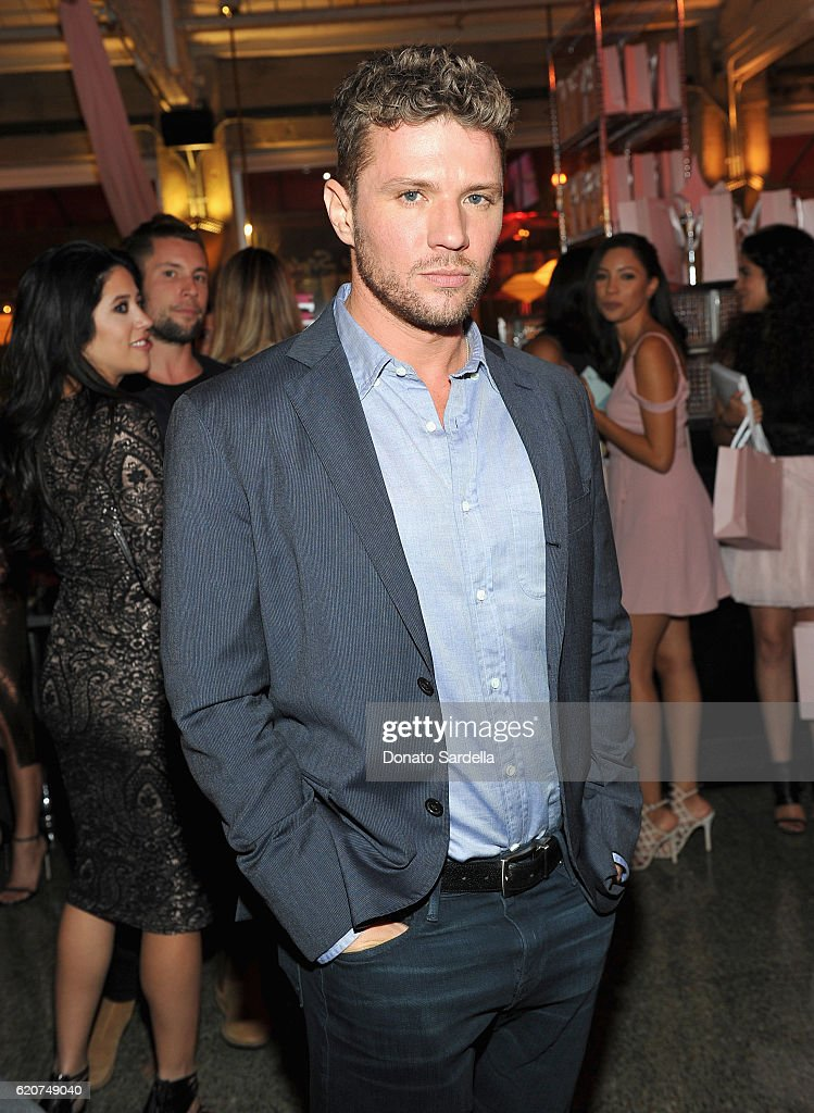 Actor Ryan Phillippe attends Poppy Jamie, Suki Waterhouse, Leo Seigal and Cade Hudson celebration of the launch of POP & SUKI on November 2, 2016 in Los Angeles, California.