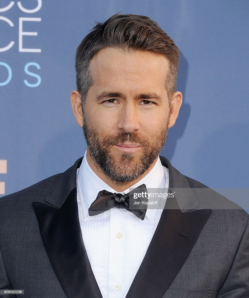 The 22nd Annual Critics' Choice Awards - Arrivals : News Photo