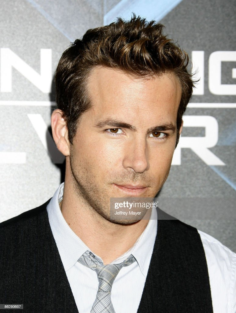 Actor Ryan Reynolds arrives at 'X-Men Origins: Wolverine' Los Angeles Industry Screening at the Grauman's Mann Chinese Theater on April 28, 2009 in Hollywood, California.