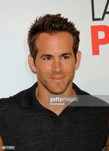 """Actor Ryan Reynolds attends a photocall for """"The Proposal"""", at Villa Magna Hotel on June 26, 2009 in Madrid, Spain."""